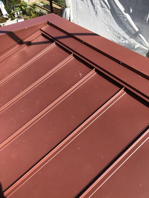 神奈川県逗子市 屋根工事 屋根重ね葺き工事 ガルバリウム鋼板
