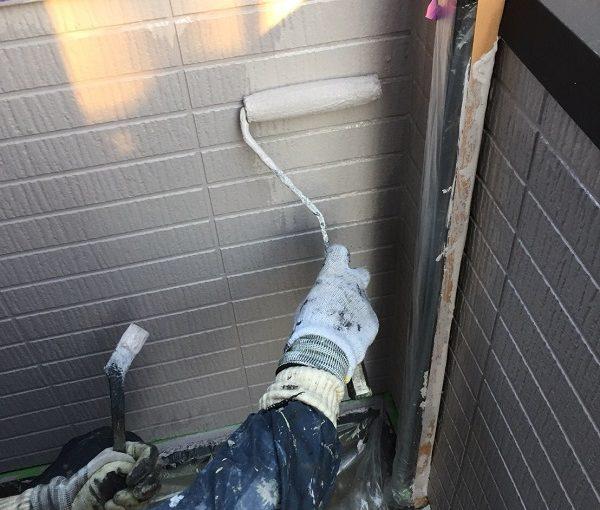 神奈川県逗子市 外壁塗装 ケレン作業 下塗り 日本ペイント パーフェクトフィラー