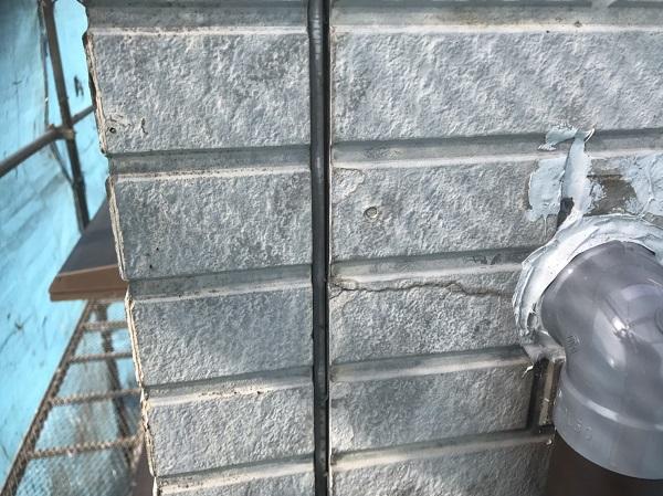 神奈川県三浦郡葉山町 外壁塗装 シーリング打ち替え工事 打ち替え工事と増し打ち工事の違い (2)