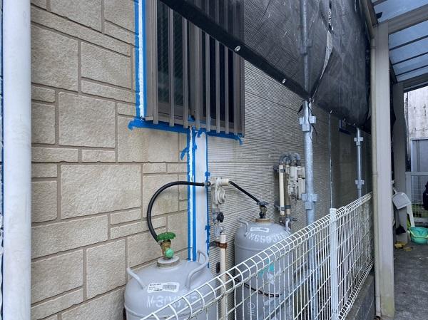 神奈川県横須賀市 外壁塗装 シーリング工事 工事の工程 サッシ廻りの撤去は要注意です。