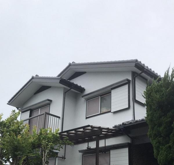 神奈川県横須賀市 外壁塗装 2回目以降の塗装工事の注意事項 関西ペイント セラMシリコンIII (1)