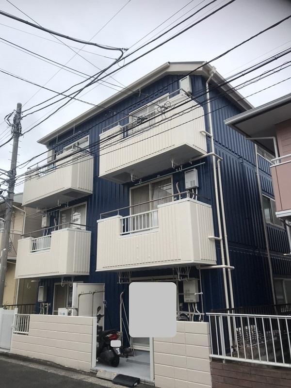 神奈川県三浦市 外壁塗装 屋根塗装 アパート 塗装で高級感のある外観に。 (1)